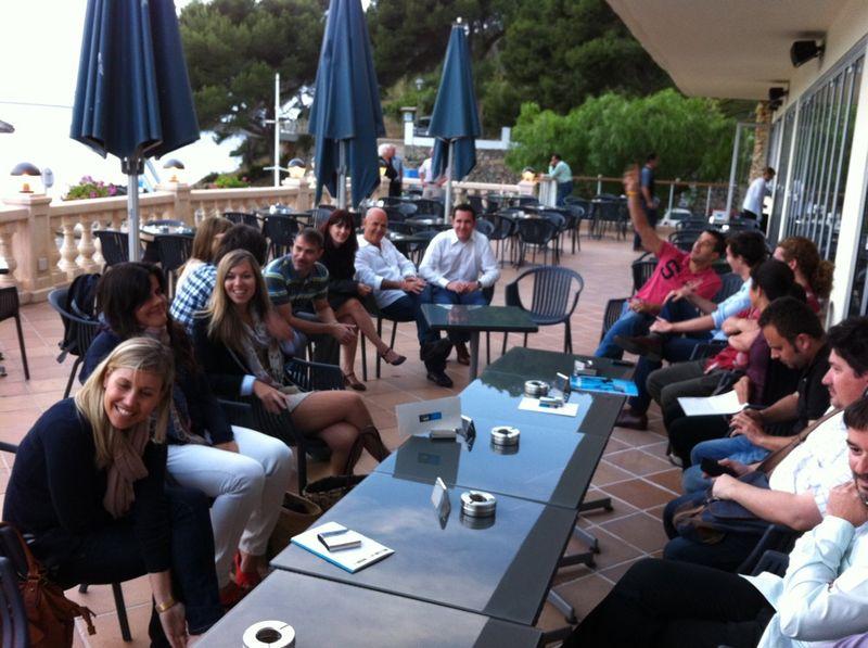 Empieza #gintwitts 8 en Hotel Audax! Gran asistencia!!! ;) #menorca