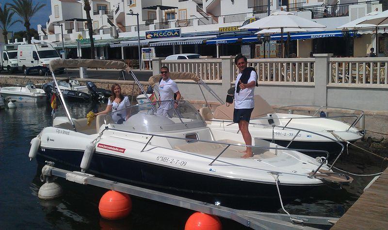 Último paseo por el mar antes de volver a Madrid con @barcosalquiler y @pilarpons #Menorcakayak
